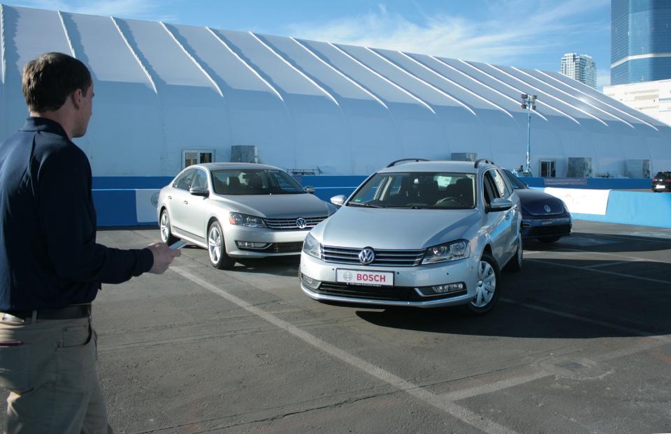 2014 CES Bosch Parking Assist System